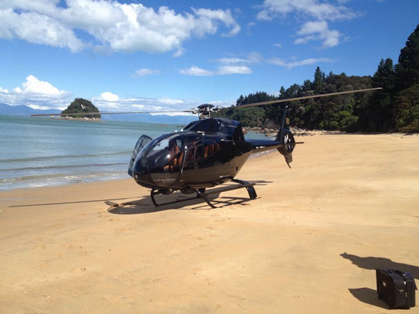 beach-landing-helicopter